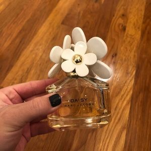 Marc Jacobs Makeup - Marc Jacobs Daisy Perfume
